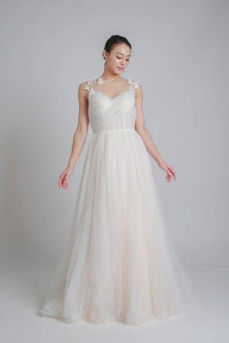 wedding tulle dress