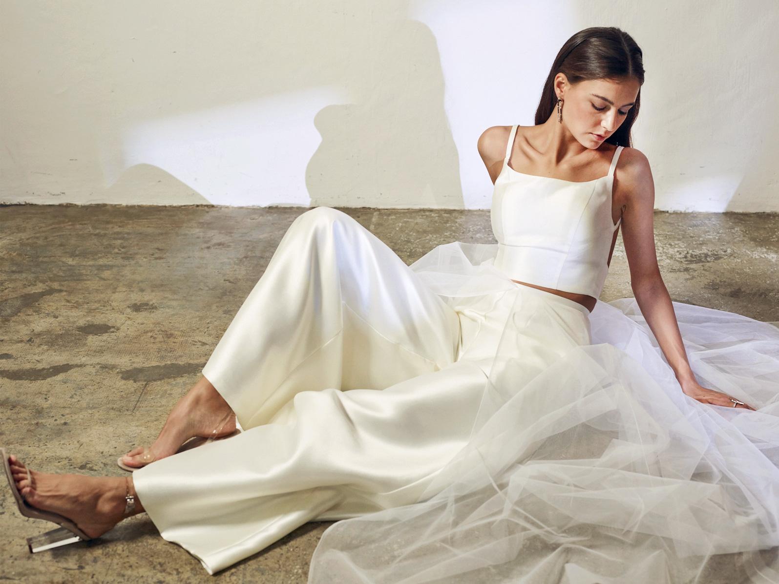 gown rental Singapore -- Love, Fioyo