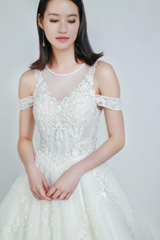 rent wedding gowns Singapore